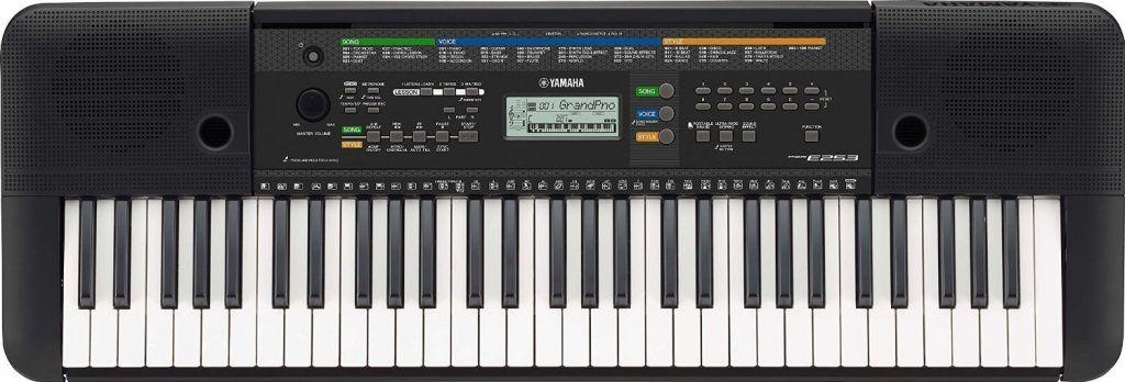 Yamaha PSRE253