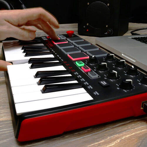Akai Pro MPK Mini MKII Review: The Beginner Producer's Dream