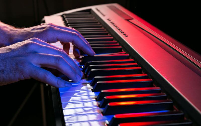 digital piano with weighted keyboard