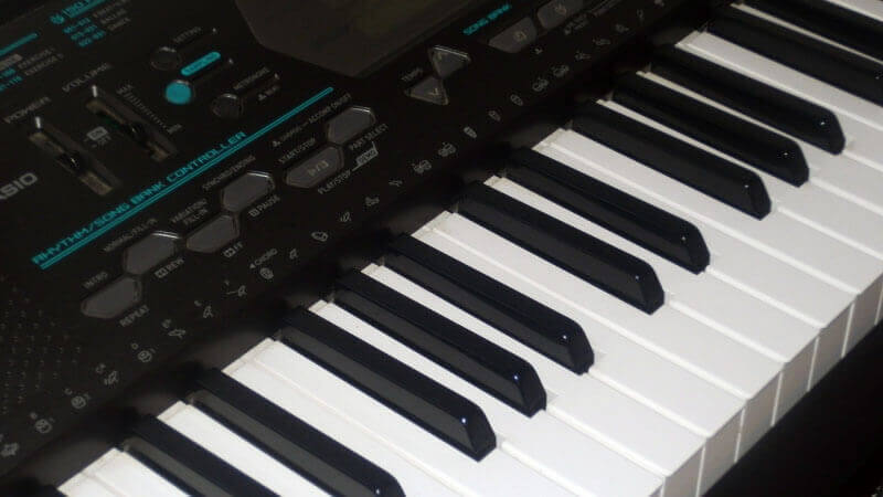 Casio vs  Yamaha Digital Pianos and Keyboards (2019)