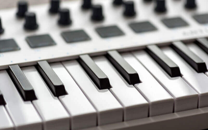best weighted 88-key MIDI keyboard controllers